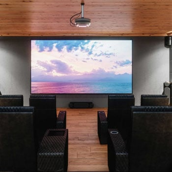 How to Select Your Ideal Projector Screen Size